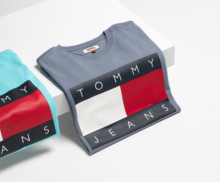tommy jeans <br> t-shirts